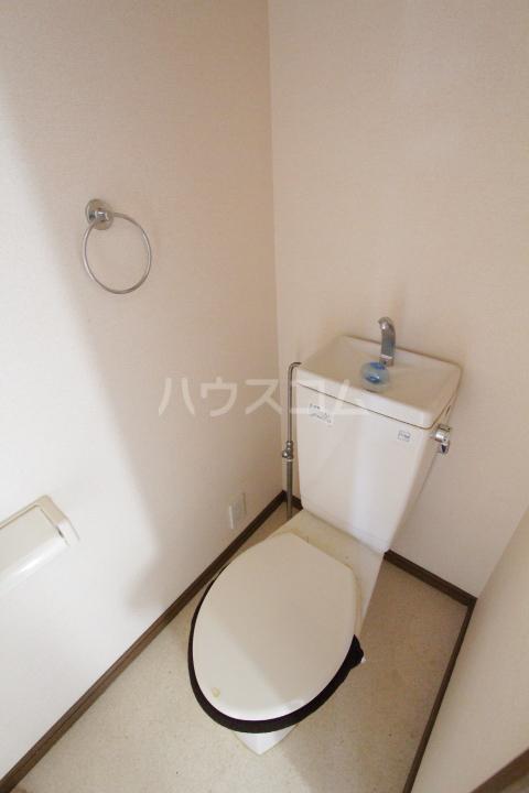 サンハイム堤 202号室のトイレ