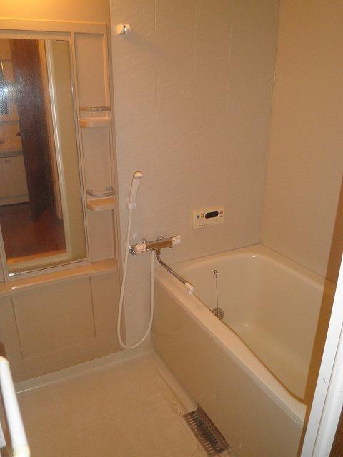 サンエール池の上 A棟 201号室の風呂