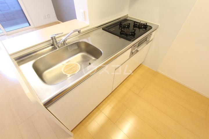 D-roomサンヒルズ B 207号室のキッチン