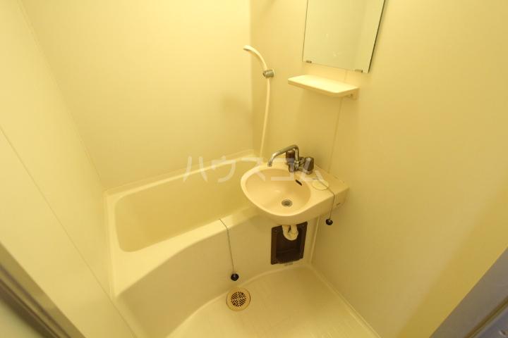 A-Flat 404号室の風呂