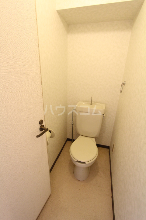 A-Flat 404号室のトイレ