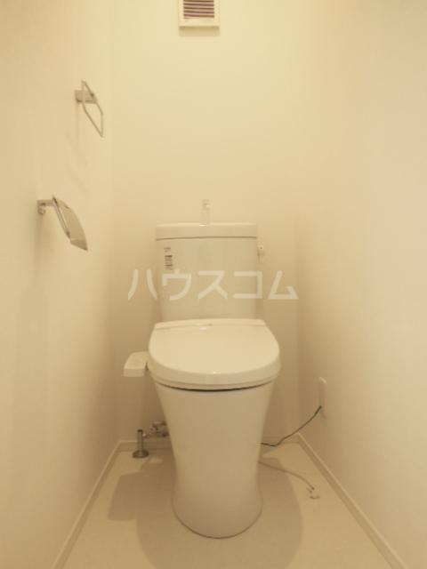 ヴィラ山之手 202号室のトイレ
