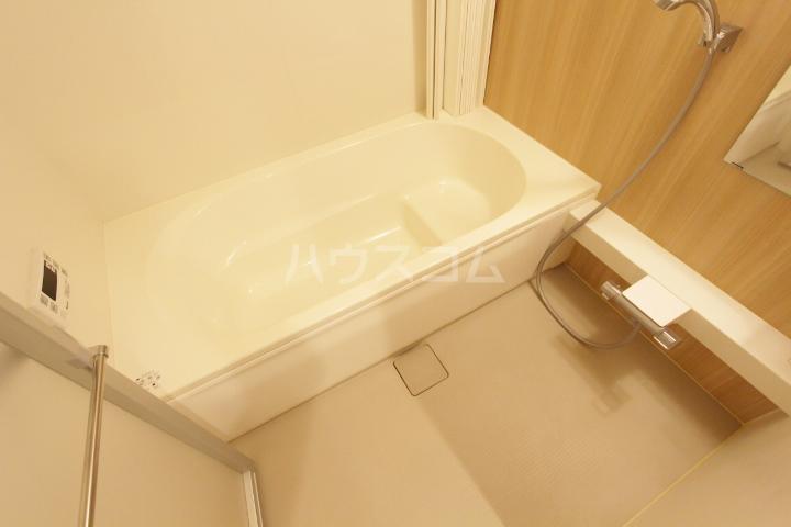 ディアコート 201号室の風呂