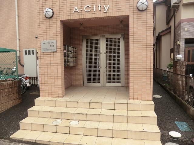 A.City美園 205号室のエントランス