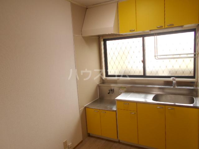 サマーブリーズⅠ 102号室のキッチン