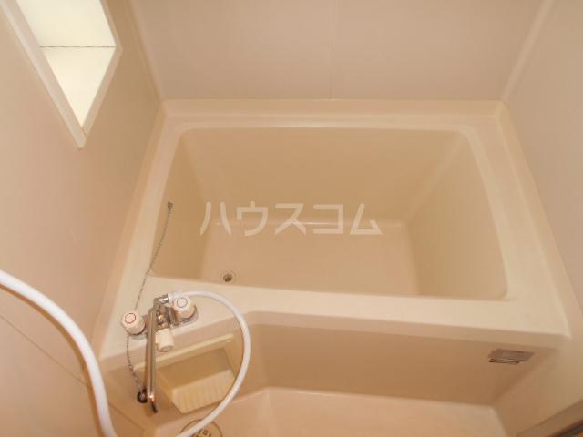 サマーブリーズⅠ 102号室の風呂