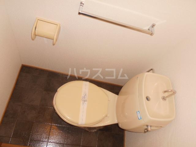 サマーブリーズⅠ 102号室のトイレ