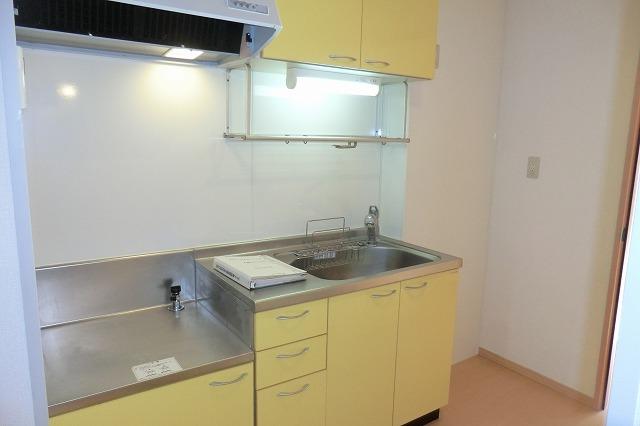 クレールアヴニール B 111号室のキッチン