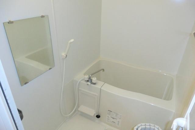 クレールアヴニール B 111号室の風呂