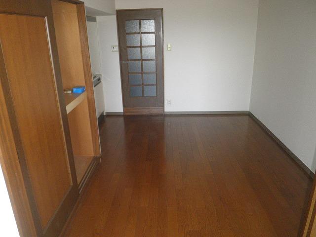 HIGASHIYAMA 306号室の居室