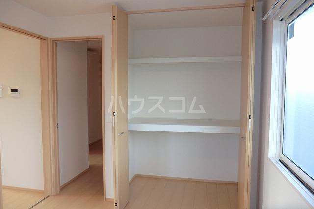 シャルマン ヴィー B 202号室の収納
