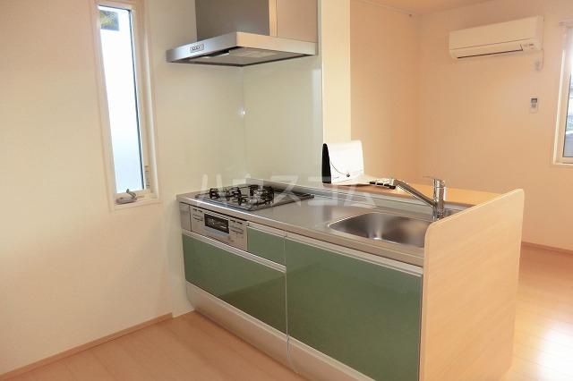 シャルマン ヴィー B 202号室のキッチン