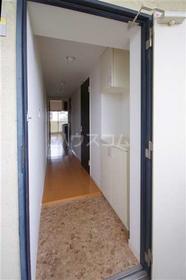ボン・ナテュール 202号室の玄関
