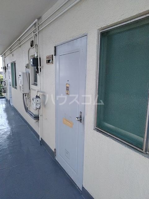 コーポあけぼの 201号室の玄関