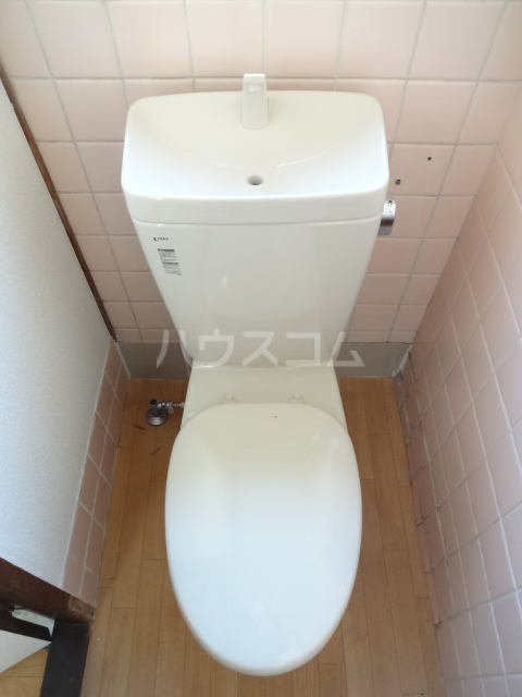 リバーハイム習志野台 130号室のトイレ
