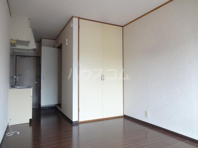 セブンハイツ船橋 203号室の居室