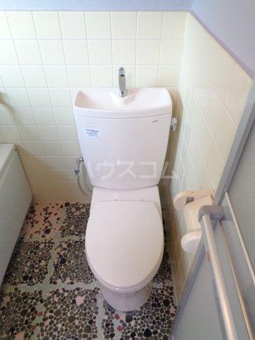宇野コーポ 203号室のトイレ