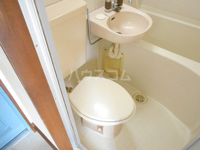 クレールフチノベ 101号室のトイレ
