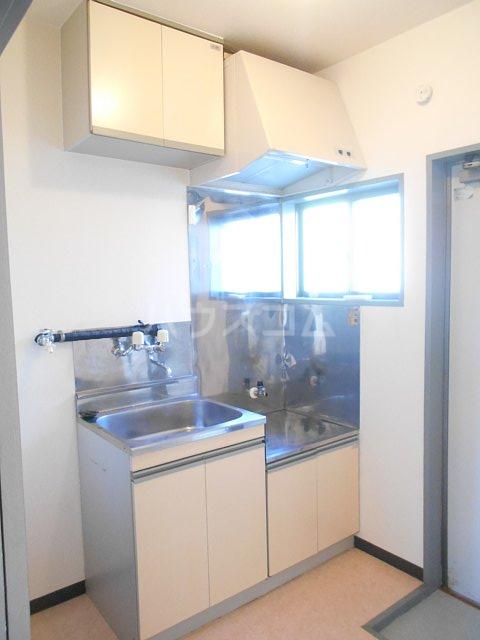 プチメゾンミカドⅡ 103号室のキッチン