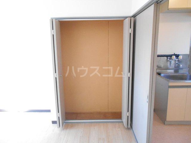 プチメゾンミカドⅡ 103号室の収納