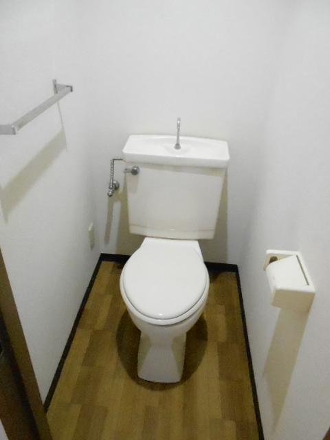 第26明智ビル 302号室のトイレ