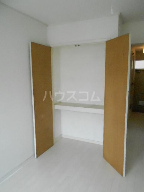 メゾン優 202号室の居室