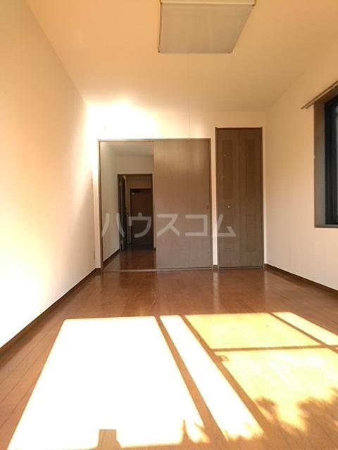 ライオンズマンション小岩第5 124号室のリビング