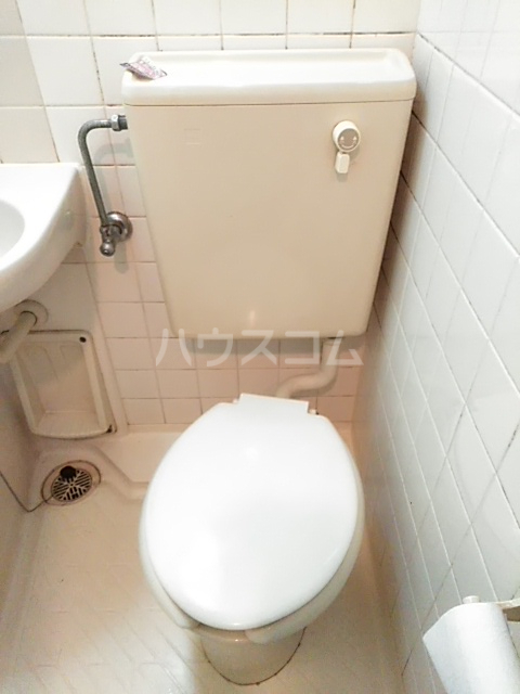 ライオンズマンション小岩第5 124号室のトイレ
