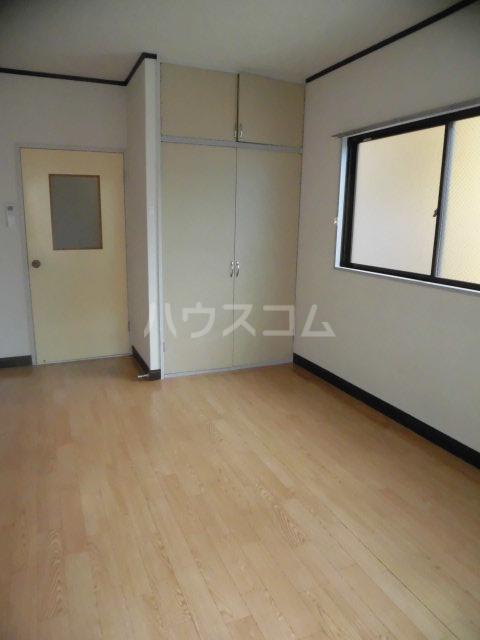 レパードマンション 202号室の居室