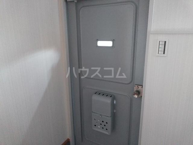 日赤前森田ビル 3C号室の玄関