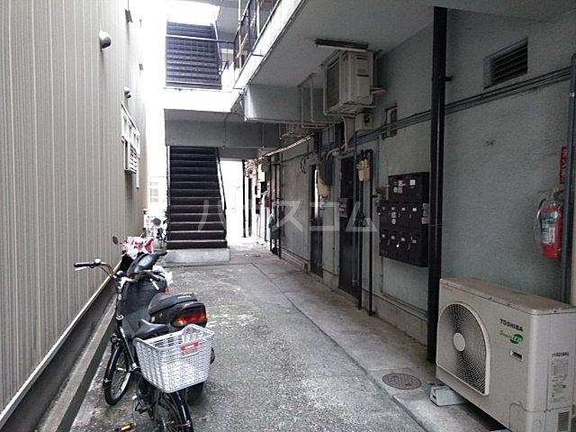 日赤前森田ビル 3C号室のエントランス