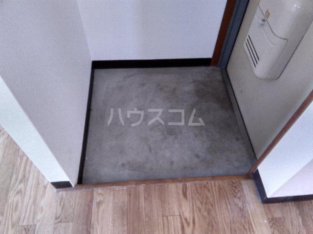 丸山ビル 30A号室の玄関