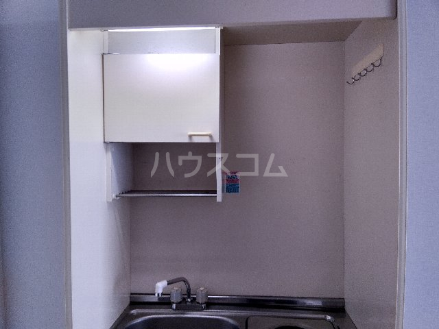 丸山ビル 30A号室のキッチン