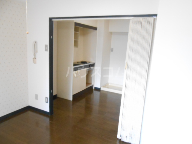 プラゼール 2B号室のその他