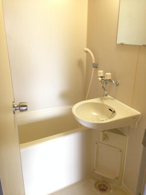 メゾンノーブル 102号室の風呂