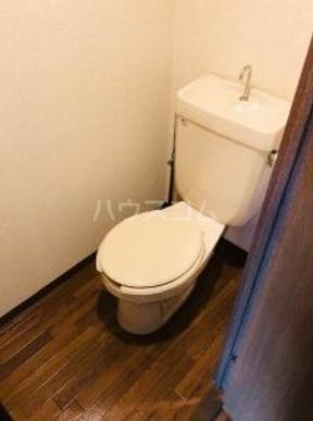 BBビル 1006号室のトイレ