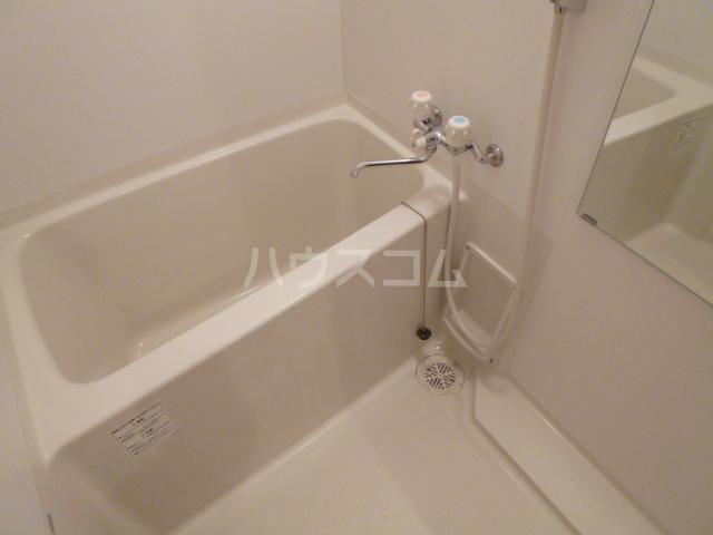 CASA松原(カーサマツバラ) 203号室の風呂
