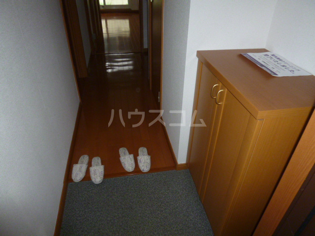 CASA松原(カーサマツバラ) 203号室の玄関