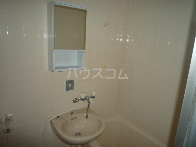 レジェンドミヤタ 203号室の洗面所