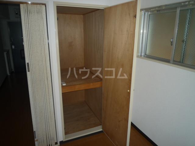 レジェンドミヤタ 203号室の収納