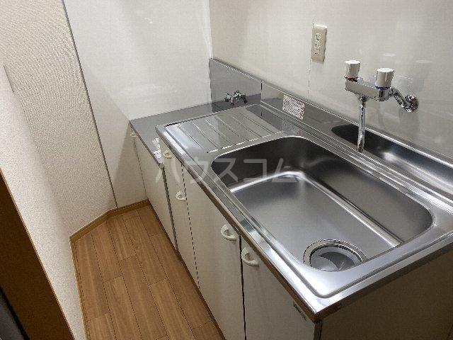 I.s No.7 1B号室のキッチン