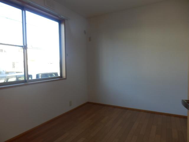 ガーデンガリジェ 202号室のベッドルーム