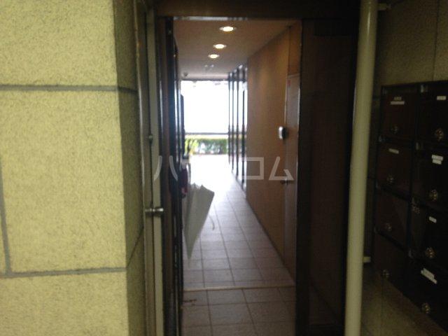 泉第一ビル 403号室のエントランス