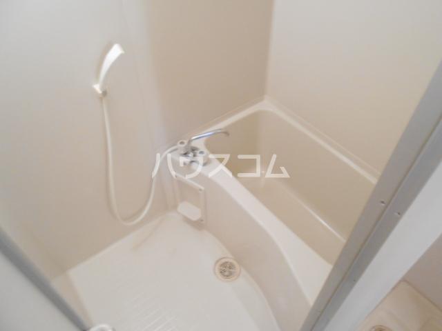 現代ハウス黄金 806号室の風呂