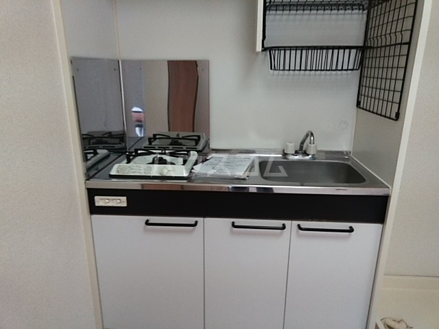 キャッスル若宮 502号室のキッチン