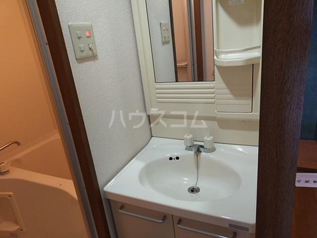 キャッスル若宮 502号室の洗面所