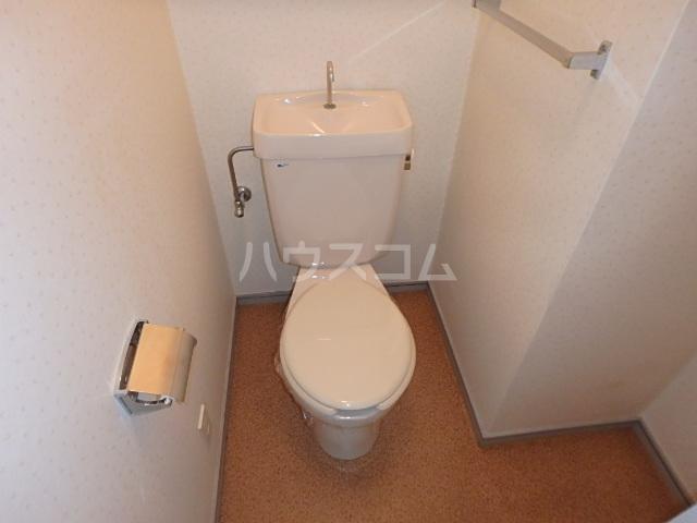 DAIMAN HOUSE 七宝 401号室のトイレ