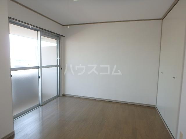 DAIMAN HOUSE 七宝 401号室のリビング