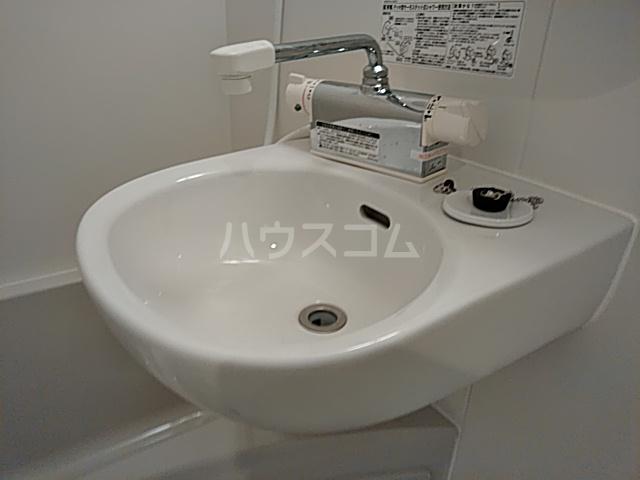 AZEST-RENT本陣 102号室の洗面所