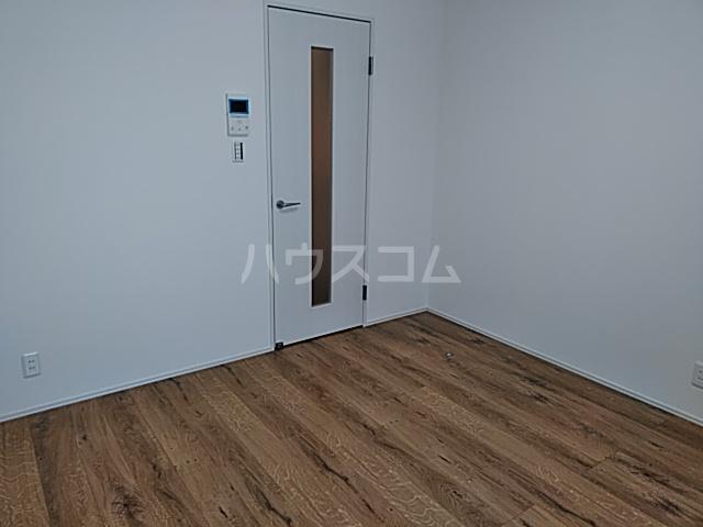 AZEST-RENT本陣 102号室のベッドルーム